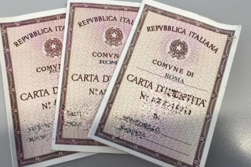 Carte di identità in scadenza valide fino al 31 agosto, escluso l'espatrio