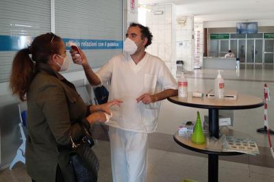 Ospedale di Cremona: riparte l'attività ambulatoriale