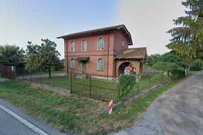 Provincia di Cremona. Avviso di asta pubblica per l'alienazione di una casa cantoniera sita nel Comune di Soncino