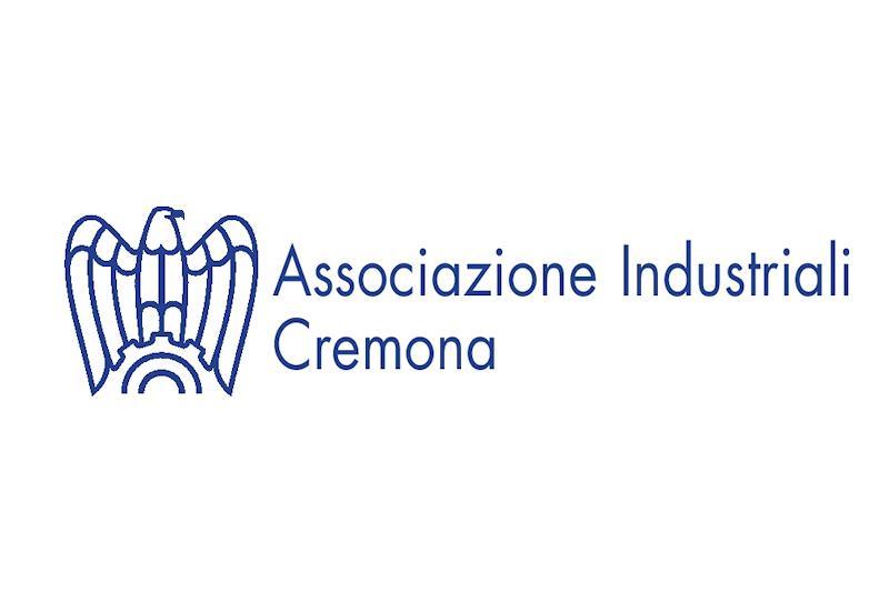 Associazione industriali: Borse di Studio a favore dei figli dei dipendenti delle aziende associate, frequentati l'Università