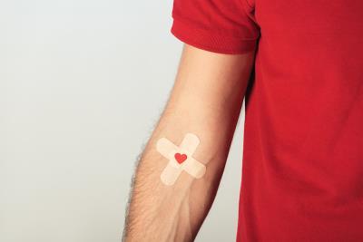 Covid-19, donazioni di sangue e plasma, come ci si comporta se si risiede nelle regioni rosse e arancione