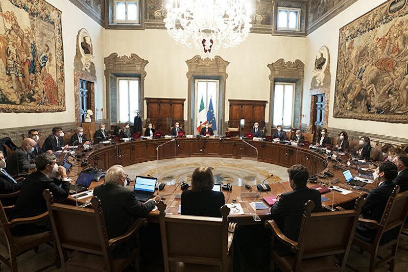 Una riunione del Consiglio del ministri