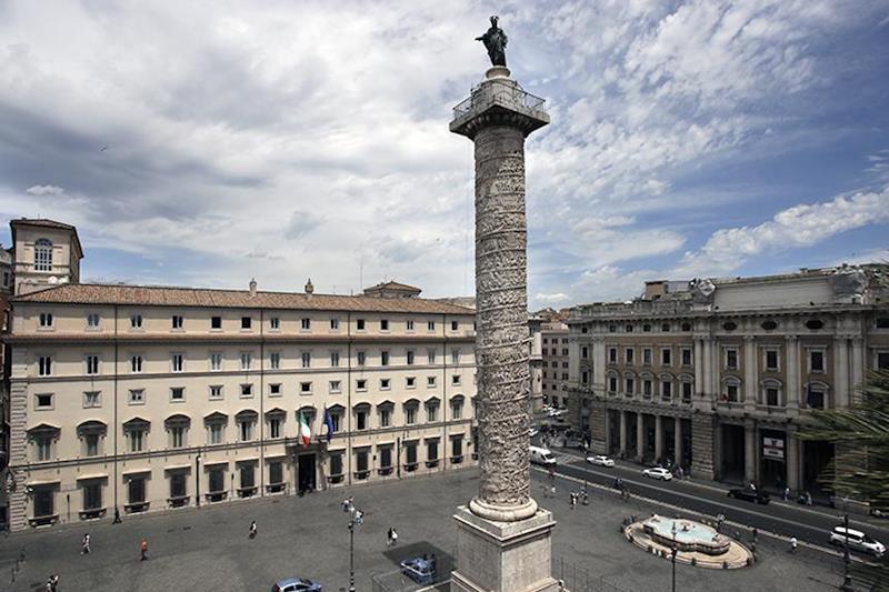 Piazza Colonna, dove sorge Palazzo Chigi, sede del Governo