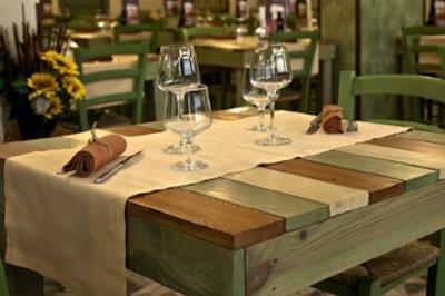 Tavoli di un ristorante