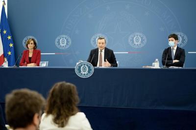 Il Presidente del Consiglio Draghi durante la conferenza stampa del 22 luglio (dal sito governo.it)